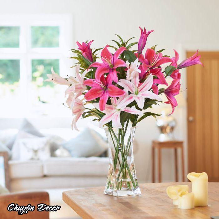 Bình hoa lưu ly để bàn
