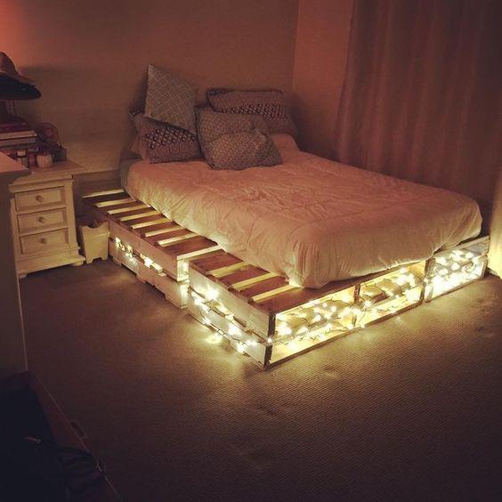 Giường bằng gỗ ballet